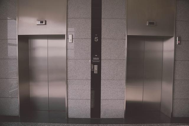 Lift Door Wrap